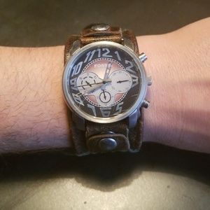 Fossil Men's Wrist Watch w/Removable Leather Band